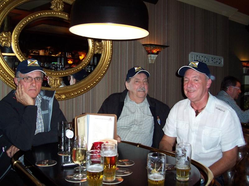 Remise des polos et casquettes à Liège le 25.06.12 Remise15