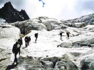 Nel ghiacciaio Avvici10
