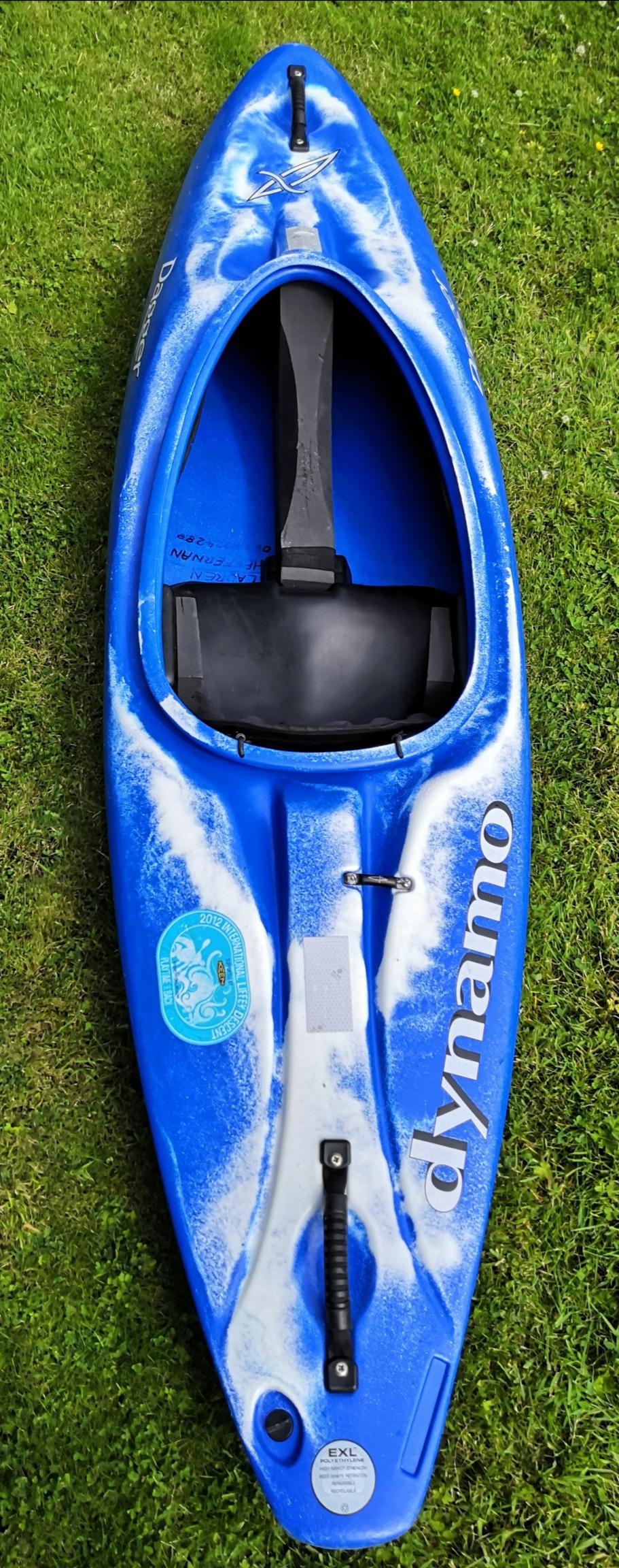 Dagger Dynamo childrens kayak For Sale Img_2013