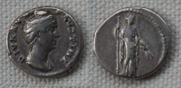 Les monnaies de Consécration de Barzus - Page 2 Fausti18