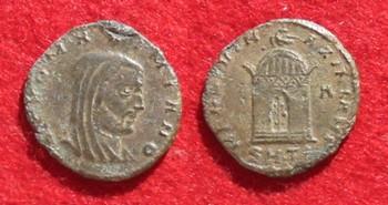 Les monnaies de Consécration de Barzus - Page 2 Galere10
