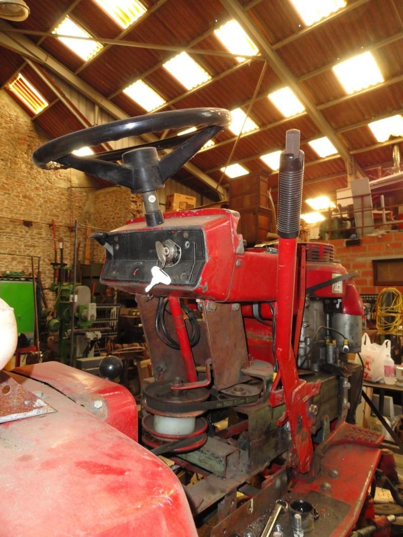 Un tracteur tondeuse de bric et de broc !! 2012_014