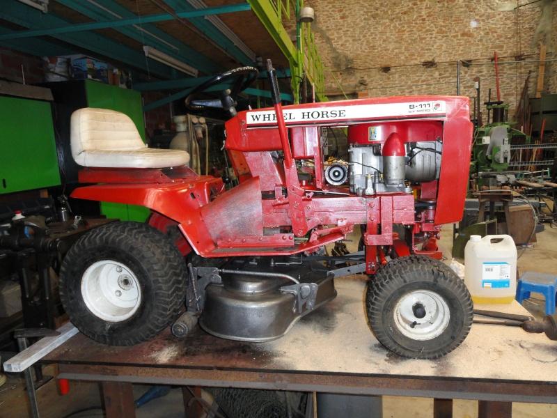 Un tracteur tondeuse de bric et de broc !! 2012_018