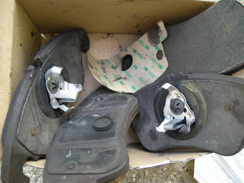 Plaquettes et disques de frein. Ylana512