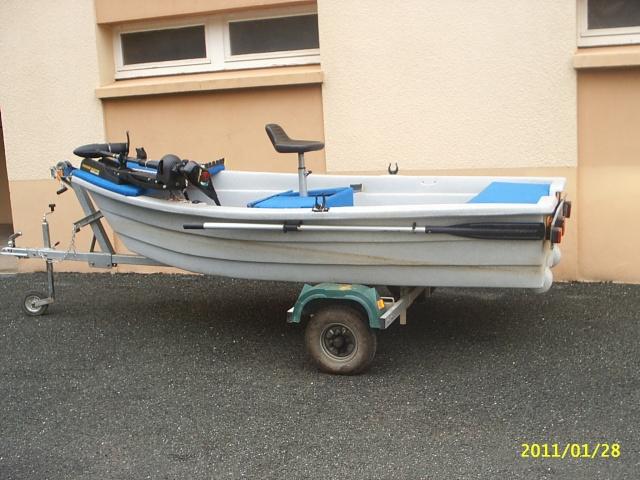 Vend petit bass boat Pic_0010
