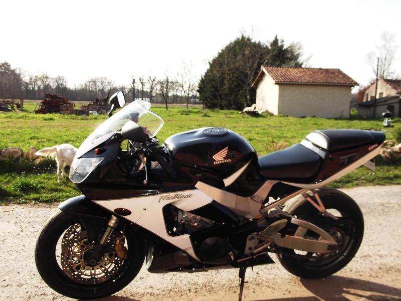 mon ancienne et ma nouvelle monture ! Dscf2012