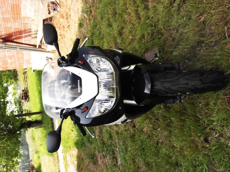 mon ancienne et ma nouvelle monture ! Moto_010