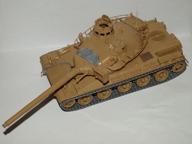Après le petit au 1/72 le grand au 1/35 (AMX 30B Heller 1/35) 00210