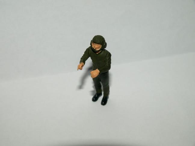 Après le petit au 1/72 le grand au 1/35 (AMX 30B Heller 1/35) 00510