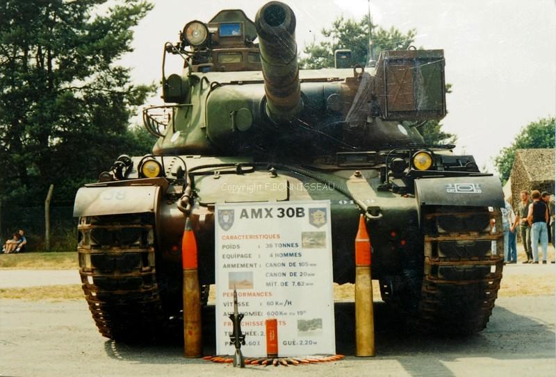 Après le petit au 1/72 le grand au 1/35 (AMX 30B Heller 1/35) P7050611