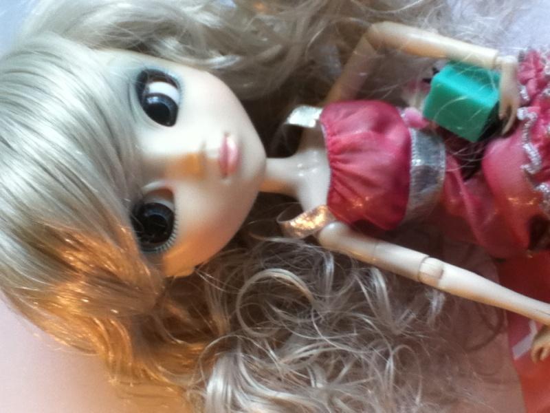 Estrella- Shan Ria - Ma première pullip <3 Img_0414