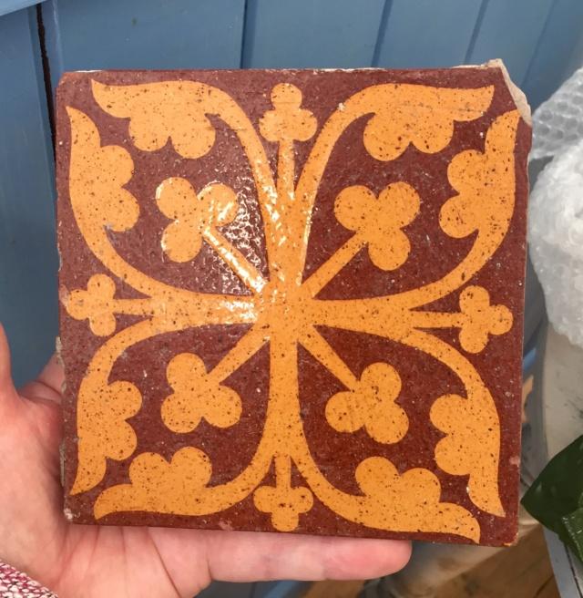 19thC Encaustic tile by William Godwin, Lugwardine Hereford  0517f610