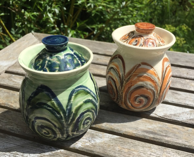 New Forest Pottery 0d1c1210