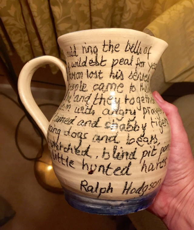 Mystery hare jug with Ralph Hodgson poem  15a41b10