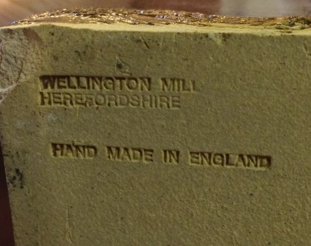 Malcolm Small & Rose Thomas, Wellington Mill Pottery (not Sheila Fournier) 19d66e10