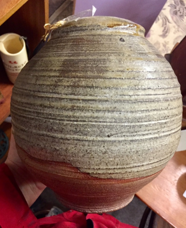 Vase with JD mark? - possibly Janet Jones, Tucwmmwd Pottery  28c21910