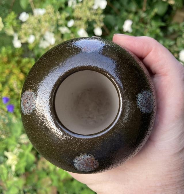 Mystery vase, flower mark?  5cc3d010