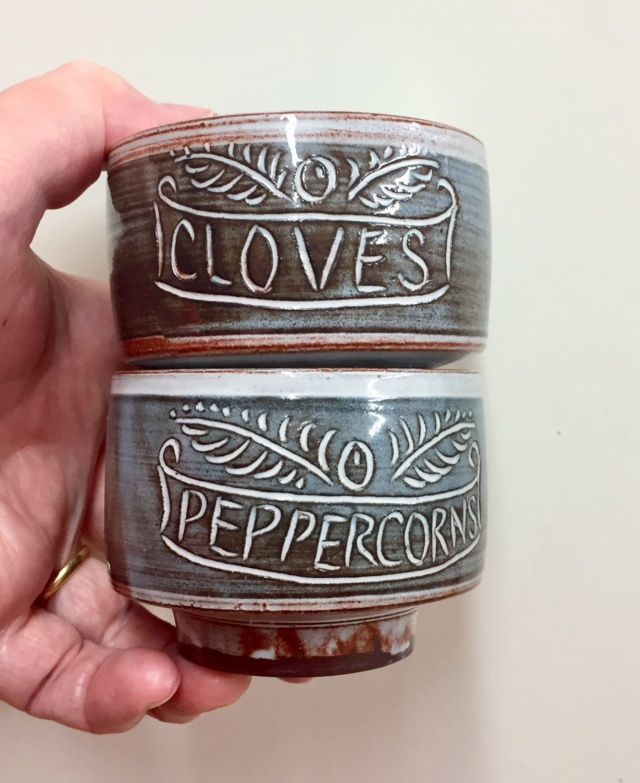 Peppercorns and cloves stacking pots, unmarked - Briglin?  72c47b10
