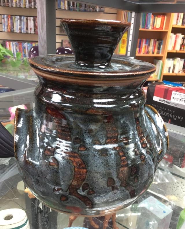 Burley Pottery  7ad97f10