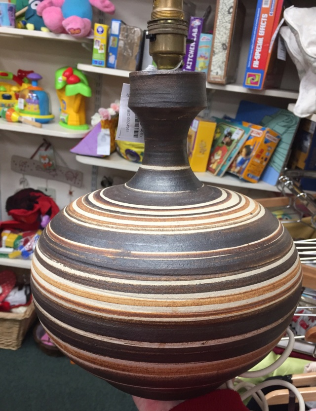 Rod / Rodney Billington, Simonsbath Pottery, Exmoor. RAB and flower mark  87447010