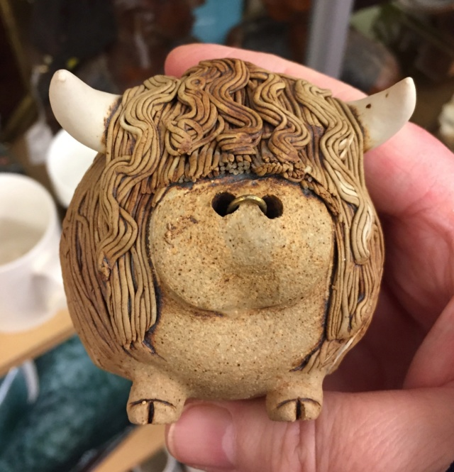 Highland cow and figures, Gairloch Pottery, Scotland - tree mark  8bcc0e10