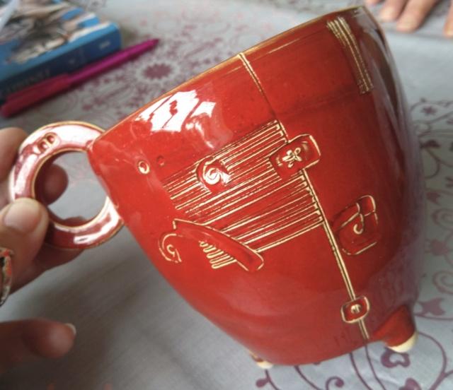 Mystery red jug, VK or LK mark?  914cdd10
