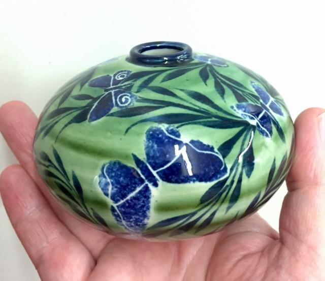 Pru Green, Gwili and Wivenhoe Potteries B32c7410