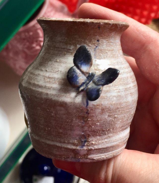 Toad Potteries, Bewdley - frog mark  Ba9a8010