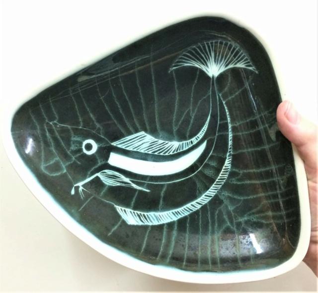 handpainted RB or RDP mark - Mary Priddoe, River Dart Pottery, Devon Bc2f6910