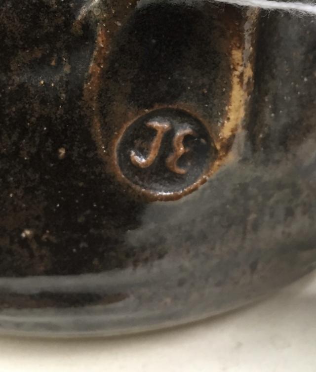 Teapot, JE mark  D9e7b210