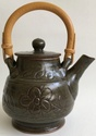 pottery marks on a footed teapot. Trevor Nicklin. Tnickl10