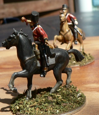 Tuto : peinture de figurines historiques ==> 3 Scott's Grey d'Italeri Fini_e15