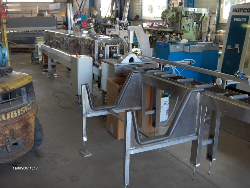 une machine à faire des tuyaux de descente pluviale Hpim2912