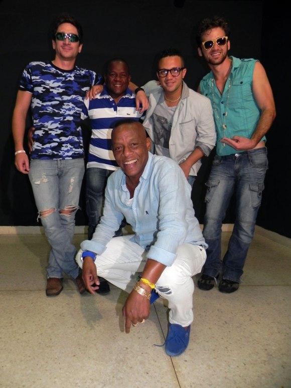 Músicos cubanos se unen en concierto para damnificados del huracán Sandy  Elito-10