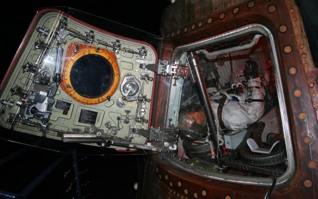 Capsule Apollo 17 America au Space Center de Houston Img_0812