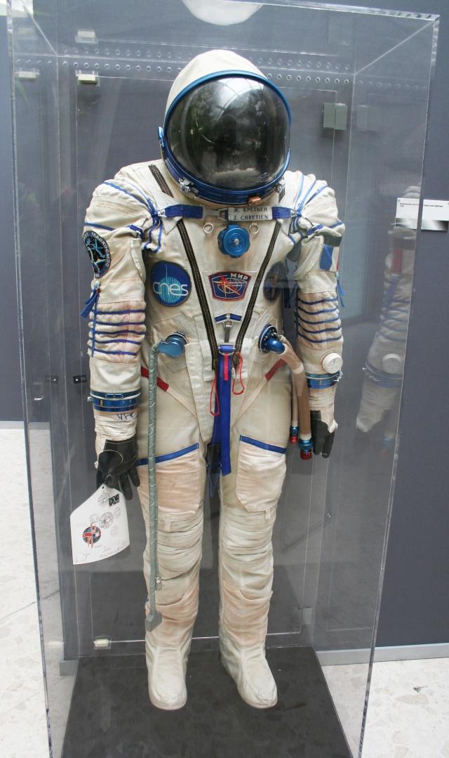 L'espace à l'honneur : Planète Timbres 9 au 17 juin 2012 au Parc Floral de Paris Img_6710