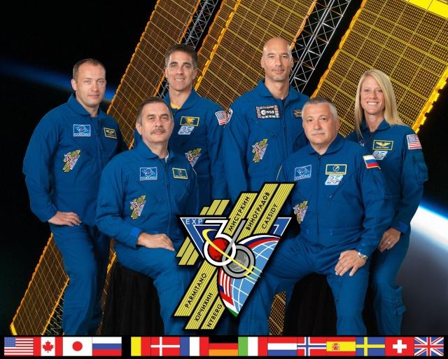 Vol de Luca Parmitano / Expedition 36-37 - VOLARE / Soyouz TMA-9M Iss03610