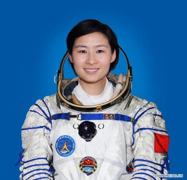 La première femme taïkonaute sera ... Liu_ya12