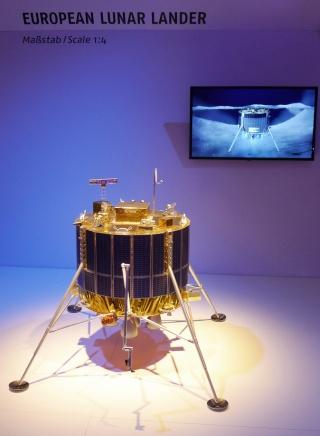 20 - 21 novembre 2012 / Ministérielle de l'ESA - Arrivée de l'Europe sur la Lune en 2018 ? Moon_l11