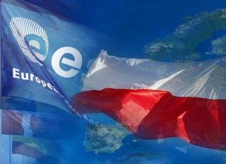 La Pologne devient le 20ème état membre de l'ESA Poland10