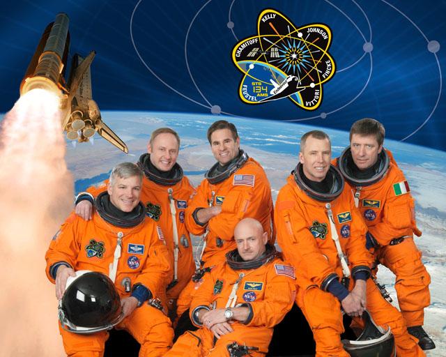 24 juillet 2012 - Equipage STS-134 à Genève Sts-1313