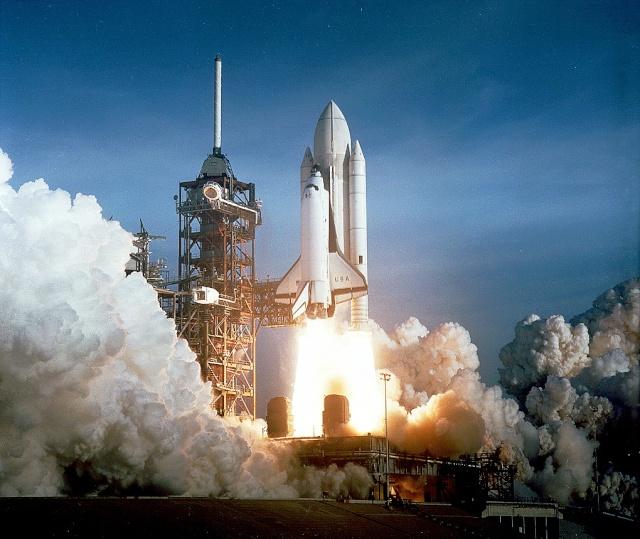 Concours Fusée Columbia - Concours Génération Apollo - Des concours de chants en hommage à l'espace Sts-1_10