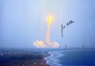 STS-5 Columbia - 11 au 16 novembre 1982 - Première mission navette opérationnelle Sts-5_15