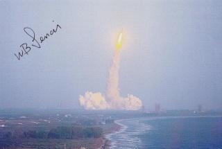 STS-5 Columbia - 11 au 16 novembre 1982 - Première mission navette opérationnelle Sts-5_16