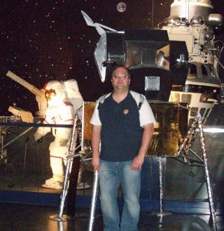 Apollo 17 - Réplique de la combinaison de Gene Cernan Zz_cer19