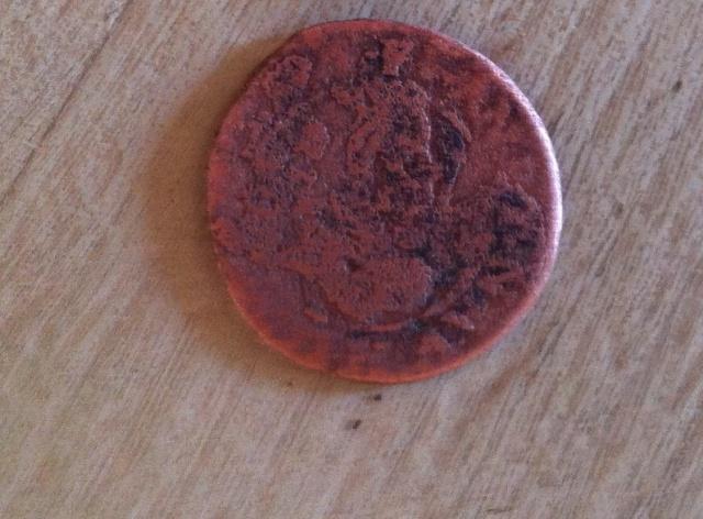 monnaie trouvé en labours Img_0516