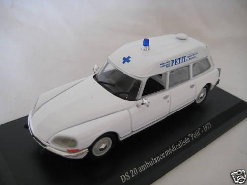 collection ambulance 28_amb11