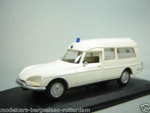 collection ambulance Amb_116