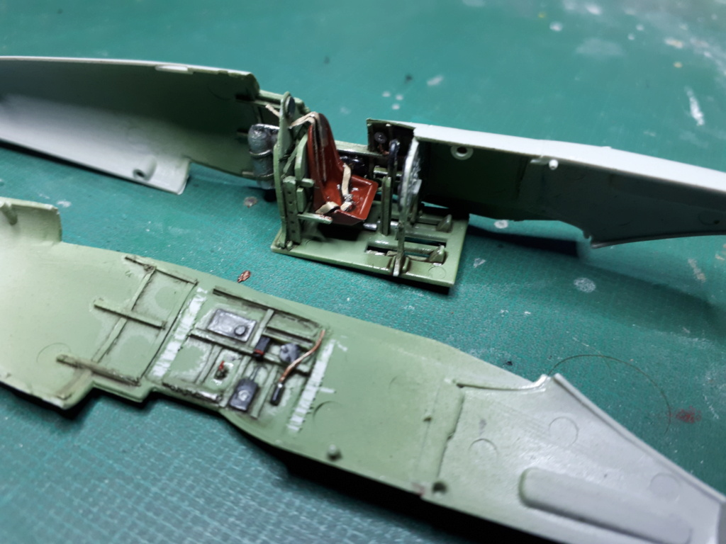 [ITALERI] Spitfire Mk Vb trop 249° Squadron Malte 1942 20210238