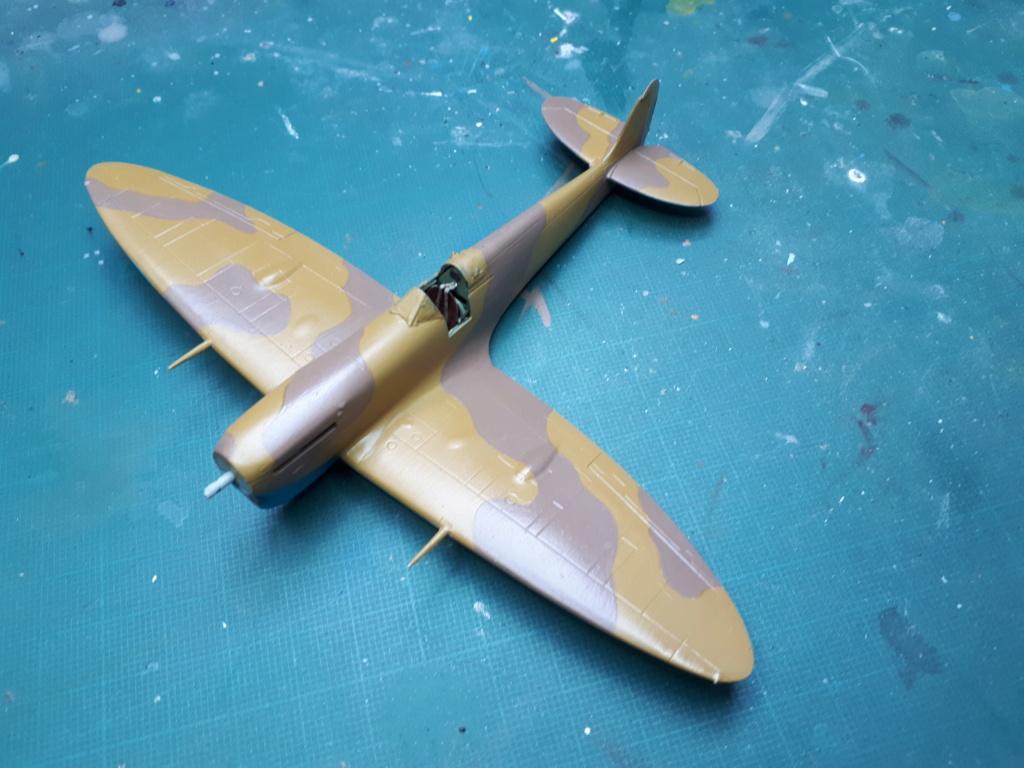 [ITALERI] Spitfire Mk Vb trop 249° Squadron Malte 1942 - Page 2 20210266